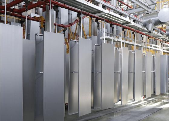 Фарбування холодильників ATLANT на заводі