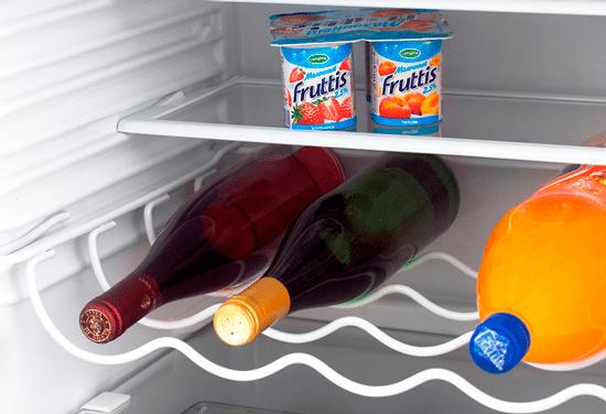 Полка для бутылок холодильника ATLANT МХМ 1845-10 позволит разместить до 10 бутылок напитков